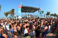 Ab zum Party-Strand